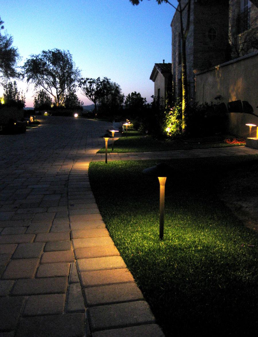 landscape-turf-lighting